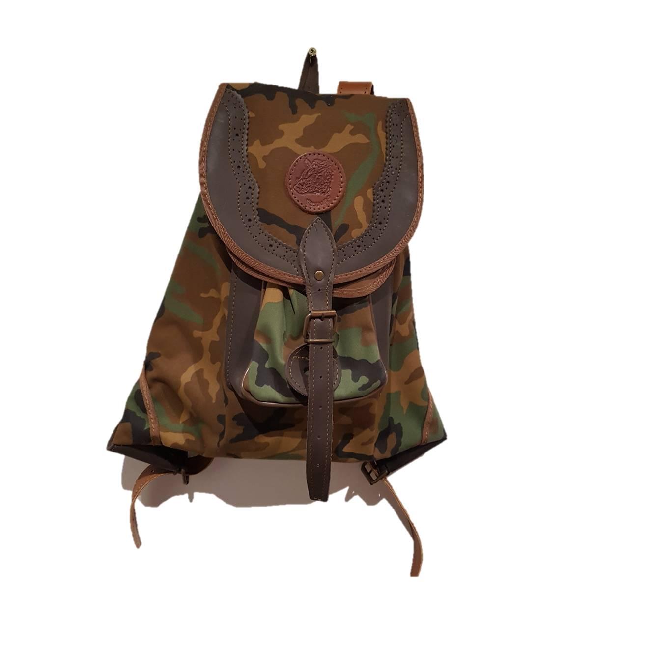 Zurron mochila en camuflaje y serraje articulo artesanal - Articulos de caza milanuncios ...
